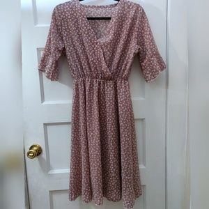 Pink feminine midlength dress